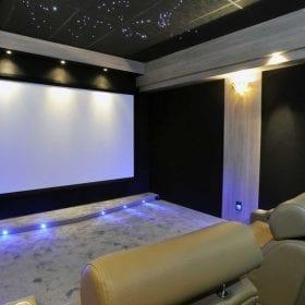 Salle dédiée home cinema de Michael-1